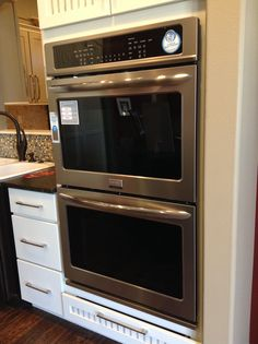 Smudgeproof stainless steel double ovens to use your $5000* towards! Details here: http://blog.cbhhomes.com/second-chances-rock-at-cbh-homes/