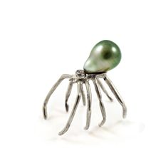 Spider Pearl Ring - Silver | Ayaka Nishi | Shop | NOT JUST A LABEL