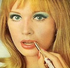 Pastel eyeshadow brightens the eyes while a subdued lip color provides shine. 1960s Makeup, Makeup Ads, Retro Makeup, Vintage Makeup, Sixties Makeup, Eye Makeup, 70s Hair And Makeup, Hair And Makeup Artist, Crazy Makeup