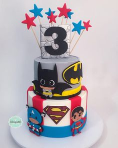 Torta Superhéroes Bebés - Superhero babies cake by Giovanna Carrillo