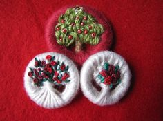 Here's a beautiful variation on crosswheel Dorset buttons, these have been formed into tiny trees and plants - gorgeous!
