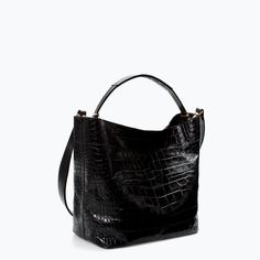 Image 2 of CROC LEATHER BUCKET BAG from Zara