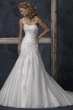 Beach Wedding Dresses  Elegant Mermaid One Shoulder Organza Appliquehttp://www.elleprom.com/Beach-Wedding-Dresses-2012-Elegant-Mermaid-One-Shoulder-Organza-Applique