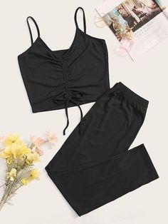 Cute Pajama Sets, Cute Pajamas, Pajamas Women, Teen Fashion Outfits, Cute Fashion, Steampunk Fashion, Gothic Fashion, Cute Lazy Outfits, Cool Outfits