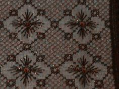 Beaded Embroidery, Embroidery Designs, Bargello, Loom, Cross Stitch, Beads, Rugs, Crafts, Image