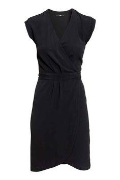Vestido traçado em crepe   H&M