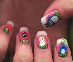 Totoro nails <3