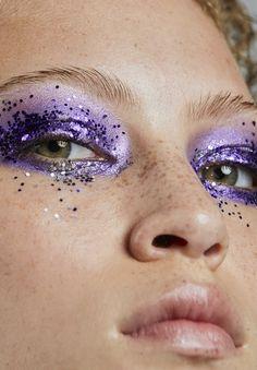 Sombra e glitter roxo - ultra violet (Foto: Vivi Bacco, para Jake Falchi)