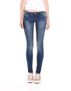 Bershka México - Jeans BSK detalle cremallera $600