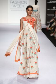 a92e215c6a97a Shruti Sancheti - India Lakme Fashion Week SR14 Indian Dresses