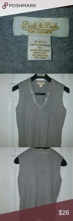 100% Cashmere Sweater Vests, size Soft Cashmere sweater. Peck & Peck Sweaters V-Necks