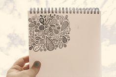 teardrop doodles - need a sketchbook ASAP Zentangle Drawings, Doodles Zentangles, Doodle Drawings, Tangle Doodle, Zen Doodle, Doodle Art, Doodle Inspiration, Creative Inspiration, Doodle Ideas