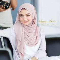 Our second batch, Sayang 'Love Edition' , is out today! Grab this instant hijab online www.naelofarhijab.com or visit our stores in TTDI & Publika !