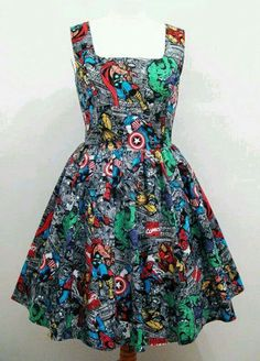 All you marvel lovers get ready to be completely smitten. This marvel themed dress is just amazing for marvel lovers, I am not the biggest marvel fan myself but I still really like this and would wear it Pretty Outfits, Pretty Dresses, Beautiful Dresses, Cool Outfits, Moda Geek, Geek Fashion, Womens Fashion, Marvel Fashion, Gothic Fashion