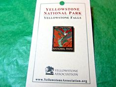YELLOWSTONE NATIONAL PARK YELLOWSTONE FALLS LAPEL HAT PIN WYOMING SOUVENIR-LP7