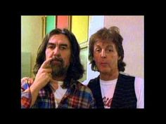 Some Cool Pics with the impromptu music and chat by George Harrison, Ringo Starr and Paul McCartney Ukulele and chat. Love it. 23/06/1994