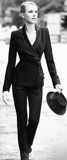 Naomi Watts ~ I have this suit and it's beautiful ~kt