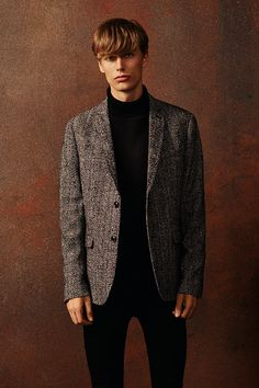 A statement blazer can transform an outfit - like this vintage-inspired tweed one. #newlook #menswear