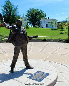 Jim Beam Statue   HerKentucky.com