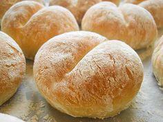 Bread Recipes, Vegan Recipes, Pan Bread, Bread And Pastries, Polish Recipes, Food Humor, Bread Rolls, Dinner Rolls, Food To Make