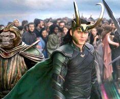 Loki and Asgardians Loki Marvel, Loki Thor, Loki Laufeyson, Marvel Heroes, Marvel Characters, Avengers, Marvel Comics, Loki Costume, Loki Cosplay