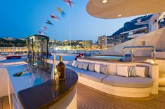 party time on the #yacht