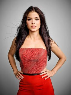 Marie Avgeropoulos Hot, Good Doctor, Stock Pictures, Royalty Free Photos, Girl Power, Crop Tops, People, Beautiful, Women