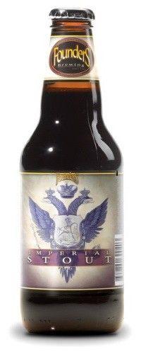 Cerveja Founders Imperial Stout, estilo Russian Imperial Stout, produzida por Founders Brewing, Estados Unidos. 10.5% ABV de álcool.