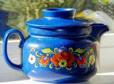 Vintage Folk Art Teapot