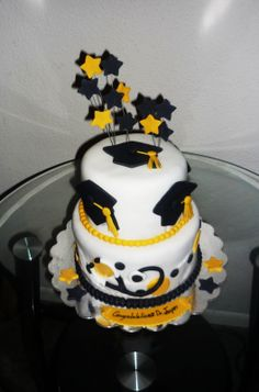 Cakes and Cupcakes New Orleans by Yany's Cakes: Graduation cake ...