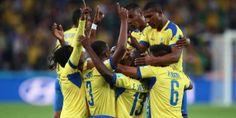 Ecuador derrotó a Honduras y mantiene la ilusión.  Costly abrió el marcador para los centroamericanos pero Valencia (x2) le dio la victoria a Ecuador por 2 a 1. http://www.diarioveloz.com/notas/126301-ecuador-se-lo-dio-vuelta-honduras-y-sigue-chances-clasificar-octavos