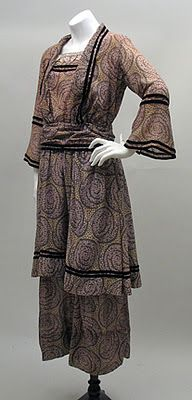 Cotton print dress, 1910s.