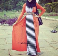 striped maxi dress with long cardigan- Trendy and chic hijab looks http://www.justtrendygirls.com/trendy-and-chic-hijab-looks/