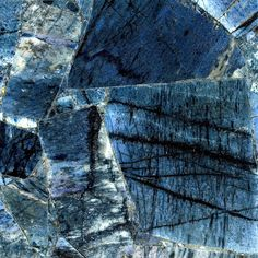 With its midnight blue hues, the mysterious Indigo quartz by Caesarstone reflects both power and a sense of peace. Crystal Texture, Quartz Countertops, Kitchen Countertops, Granite, Polished Concrete, See Images, Stone Tiles, Building Materials, Elegant