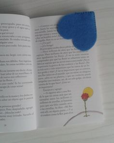 De Fieltro en Fieltro: MARCAPÁGINAS DE FIELTRO Mj, Bookmarks, Bullet Journal, Friends, Creative Bookmarks, Felt Bookmark, Hand Stitching, Create, Creativity