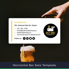 Just looking at this email signature makes us thirsty for a beer! Email Signature marketing sure is a powerful tool! Signature Mail, Html Email Signature, Email Signature Templates, Email Templates, Graphic Design Layouts, Freelance Graphic Design, Online Dashboard, Email Signatures, Email Client