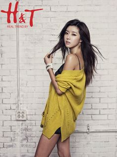 Park Han Byul (박한별), actress and model. Since I put one of Lee Hyun-jae for H&T, I figure I would put one of her since she is absolutely gorgeous here.