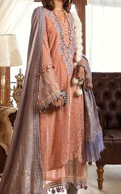 Pakistani Winter Dresses with prices online shopping in USA, UK. Pakistani Lawn Suits, Pakistani Outfits, Indian Outfits, B Fashion, Fashion Pants, Fashion Dresses, Pakistani Dresses Online Shopping, Online Dress Shopping, Winter Dresses