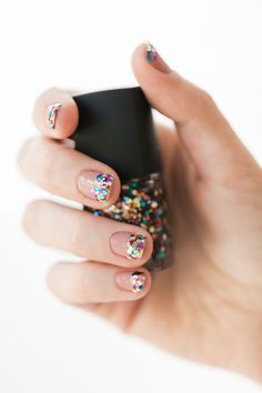 DIY glitter tipped mani