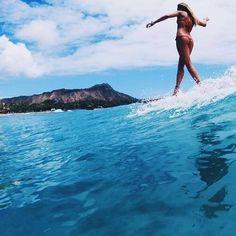 S i r e n e a s beach & surf sirens серфинг, пляж, серферы Surf Girls, Beach Girls, Summer Surf, Summer Vibes, Female Surfers, Soul Surfer, Surfing Pictures, Longboarding, Surf Style