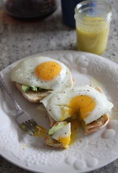 Egg, Avocado and Olive Oil Toast