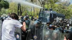 #Venezuela Protests: human rights at risk, people at risk