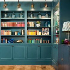 Paint can be so hard to choose with an overwhelming selection of options. Learn about choosing paint colours for your country home with Lisa Bradburn Blue Bookshelves, Painted Bookshelves, Built In Bookcase, Bookcases, Farrow And Ball Inchyra Blue, Monochromatic Room, Teal Walls, Office Interiors, Built Ins