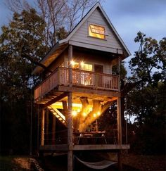 Grown up tree house. I'd love to have a place like this in my backyard...in my dreams...a great getaway and family nook!