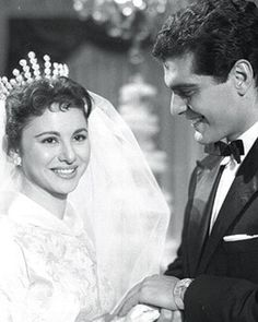 R.I.P Faten Hamama and Omar El-Sherif | Born May 27, 1931, Al Mansurah, Egypt Occupation actress, producer, production manager, screenwriter. Spouse Omar Sharif (1955–74)