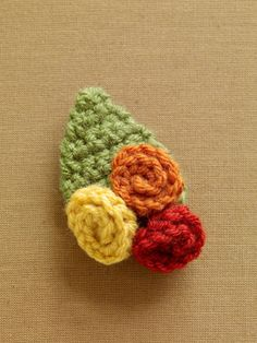 Free Crochet Pattern: Fall Flower Brooch  Lion Brand® Vanna's Choice®  Pattern #: L0714