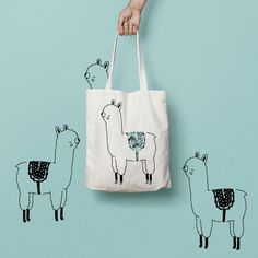 This alpaca tote bag is a universal product that everyone needs and uses. A book bag, a grocery bag, or just somewhere to throw everything in.. via en.DaWanda.com