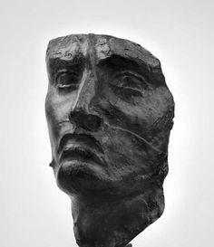 Emile-Antoine BOURDELLE (1861-1929) - Masque de guerrier, Bronze à patine noire, Modèle créé entre 1893 et 1900.