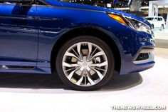 2015 Hyundai Sonata at Chicago Auto Show blue wheel | America's Family Car: 2015 Hyundai Sonata Earns US News Award