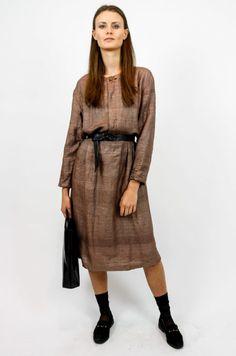 3011635a010041 Ein wunderbares Vintage Kleid aus feinem Stoff in einem hellen